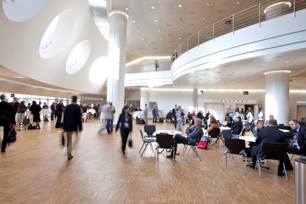 Congress Center Basel Foyer 2. Stock